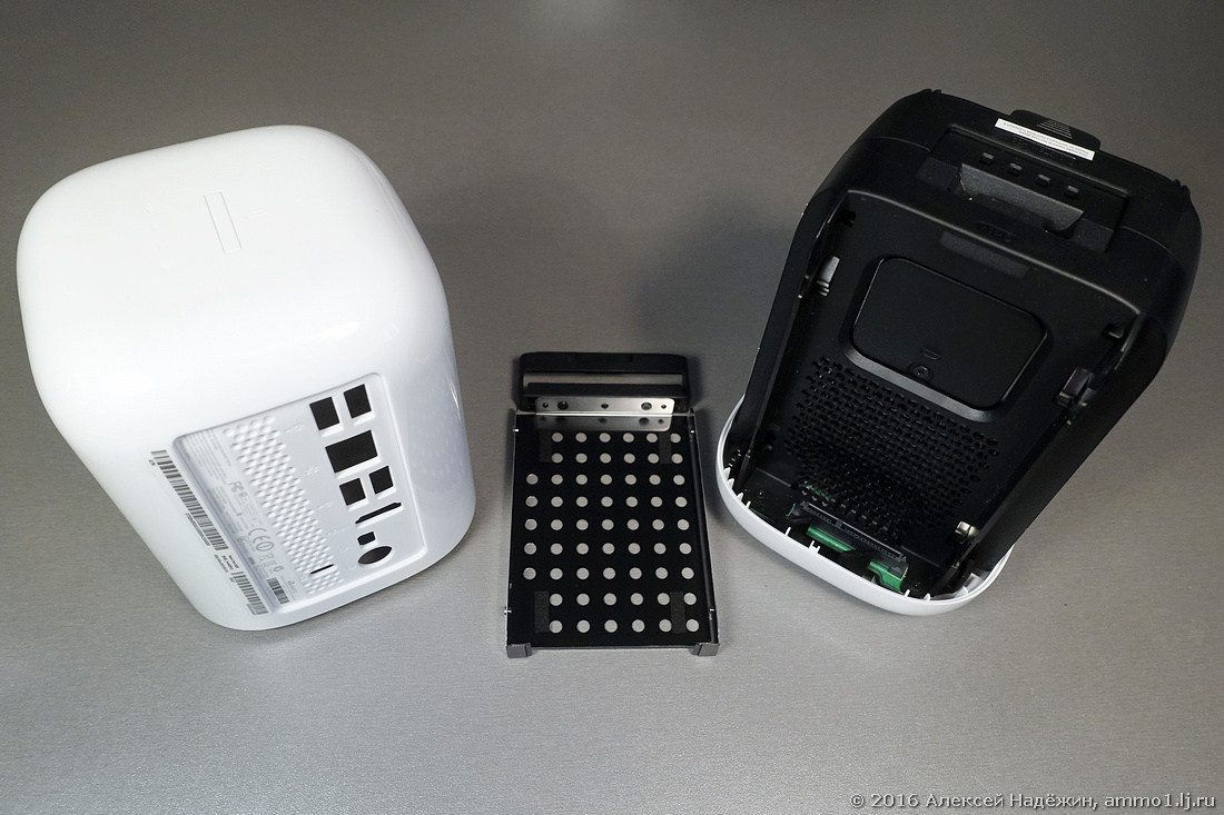 Миникомпьютер Acer Revo One